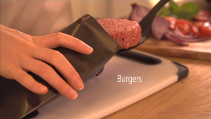小型でスマートなデザインなものが多いポップアップトースターの欠点を補う、小さなトースト用バッグ「Toastabag」が便利。朝食に最適な時短料理ができて、バターやチーズ、フレンチトースト、簡単な調理まで、ポップアップトースターが無敵に変身5