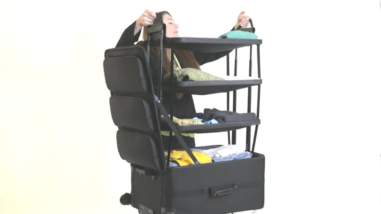 旅行は好きだが、パッキングは面倒だと感じる人もいるだろう。そんな方に紹介したいのが、「Shelfpack」。文字通りシェルフ(棚)のようなスーツケースだ。4段の棚がスーツケース内に収まるように設計されている。1