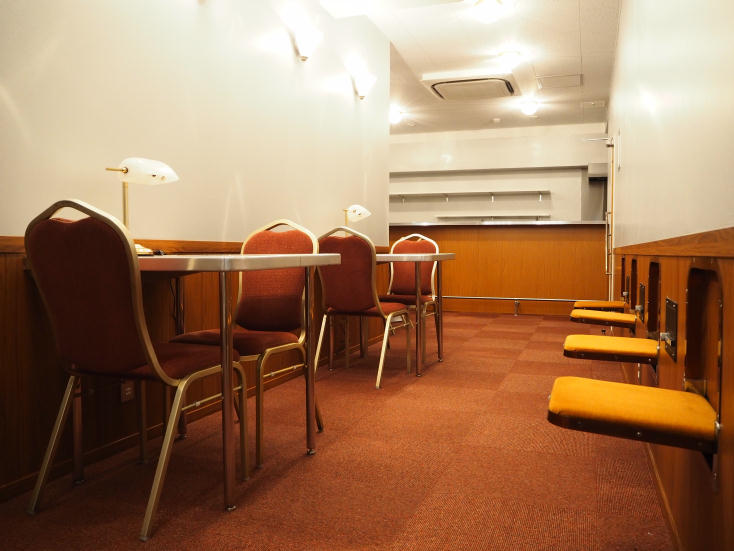 電車好きにはたまらない面白くておしゃれなホステルが、東京都中央区日本橋馬喰町にオープン。「トレインホステル北斗星」は運行廃止となった寝台特別急行列車「寝台列車 北斗星」をコンセプトに生まれた。JR東日本都市開発と東日本旅客鉄道の協働によってシートや備品をほとんど詰め込んだ。23
