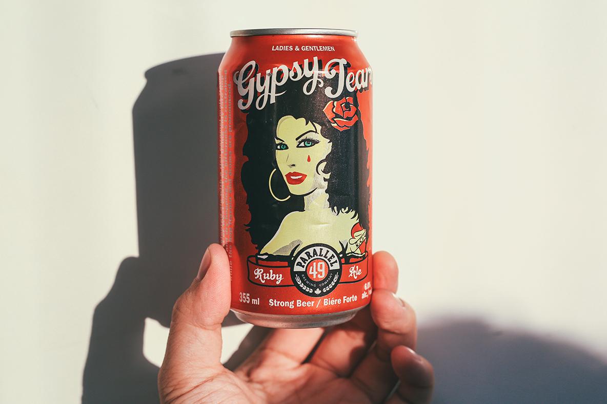 学生時代に留学していたカナダのバンクーバーで出会ったビール。Parallel49というローカルブリュワーによるルビー色のエールで、フレッシュで心地よい苦みが特徴。まさか日本でお目にかかれるとは思っていなかったので、神泉にある「ビアスタンド平野屋」で見つけたときは、子どものように大喜びしてしまった。とはいえ缶ビールなのでタップとは比べ物にならないが、それでも僕にとっては思い出がたくさん詰まった大切な味だ。