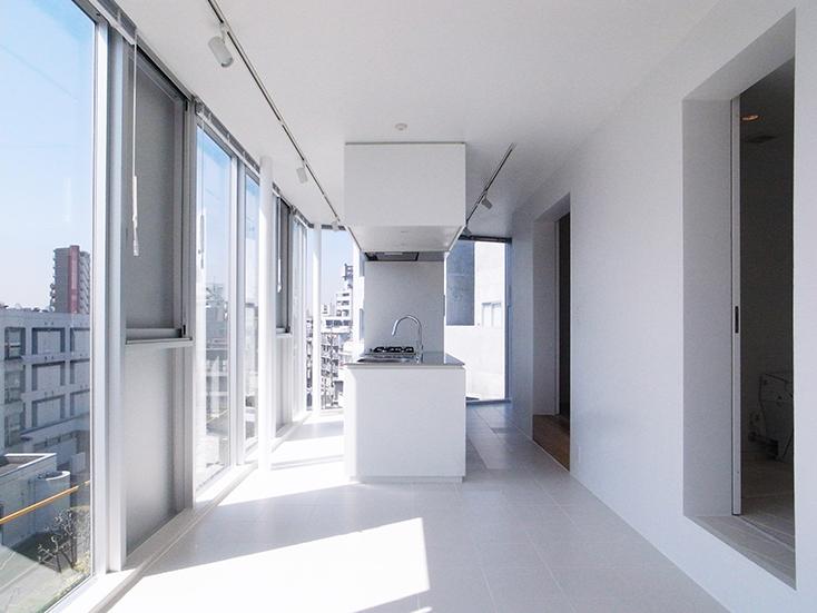 タカギプランニングオフィスが紹介する、有名建築家の作品に住めるおしゃれなデザイナーズの賃貸住宅が東京のど真ん中、大塚にある。「Treform」は有名建築家、西沢立衛、千葉学、小川晋一がそれぞれ設計した3棟からなる賃貸の集合住宅で魅力的。12