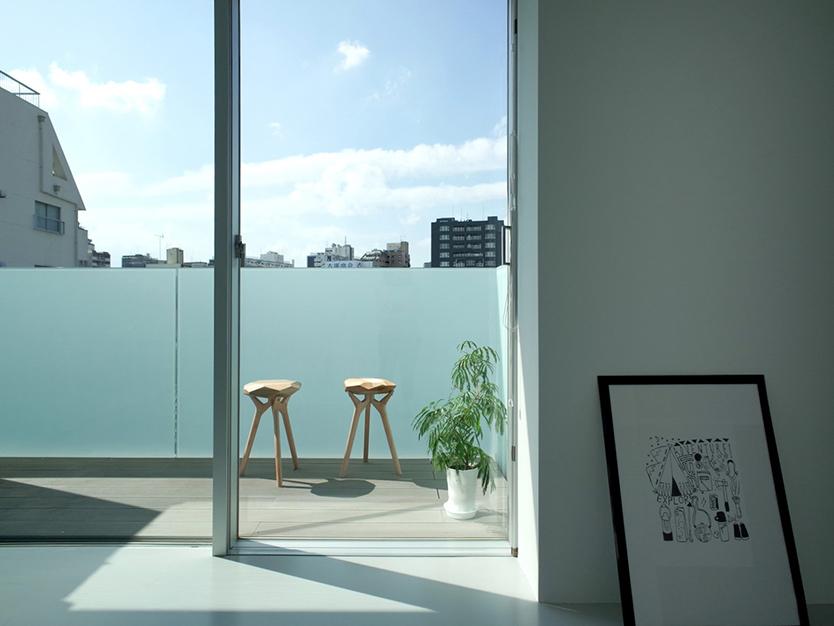 有名建築家3人がそれぞれ趣向を凝らしたデザインが魅力的な賃貸住宅が、東京の大塚にある。従来の賃貸とは設計力の格が違うことは一目瞭然で、その美しさに一目惚れしてしまうかもしれない。現在住み手を募集中なので、気になった方はぜひチェックしてみてほしい。