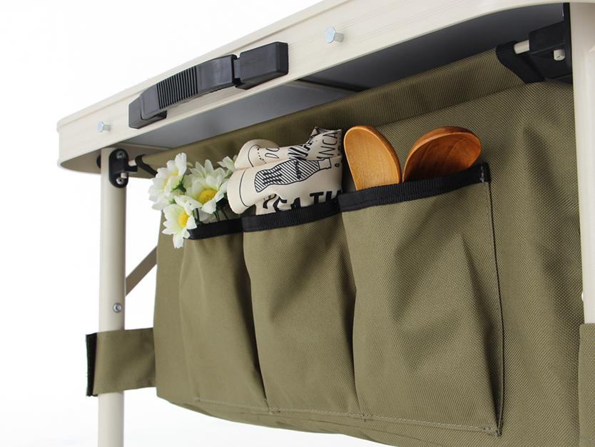 キャンプの準備欲を掻き立てるグッズが、ビーズ株式会社のアウトドア用品ブランド「DOPPELGANGER OUTDOOR(R)(ドッペルギャンガーアウトドア)」より発売。車内でキャンプ用品を整理するための棚になるように設計された、チェア「グッドラックソファ」とテーブル「グッドラックテーブル」で、グランピングも楽しめる。11