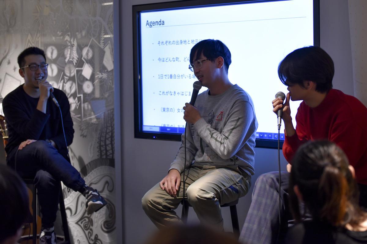 ROOMIEは『好奇心と暮らす』というキーワードを掲げ、サイトを一新。中目黒高架下の「中目黒 蔦屋書店」で、リニューアル記念トークイベントを開催した。武田俊が司会進行を務め、イラストレーターで映像作家のオオクボリュウ、Yogee New Wavesの角舘健悟がゲスト登場しトークを展開。2
