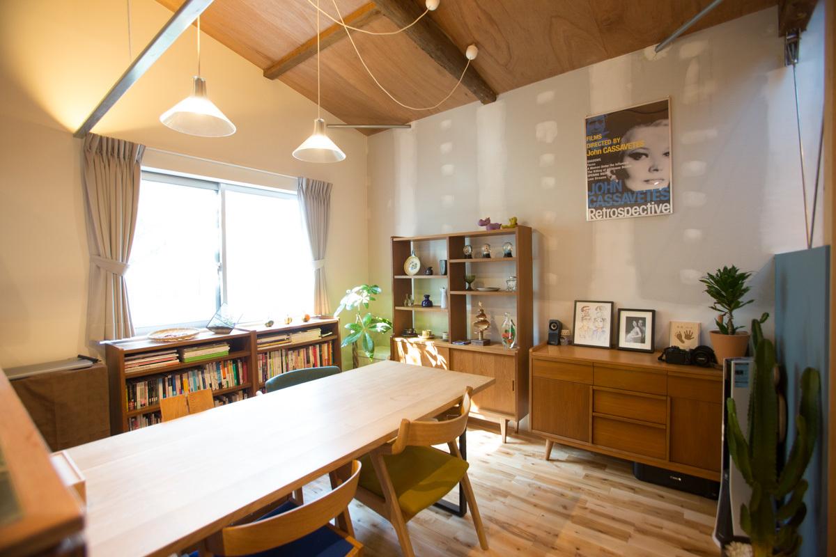 札幌の家具屋SAC WORKSのダイニングテーブル
