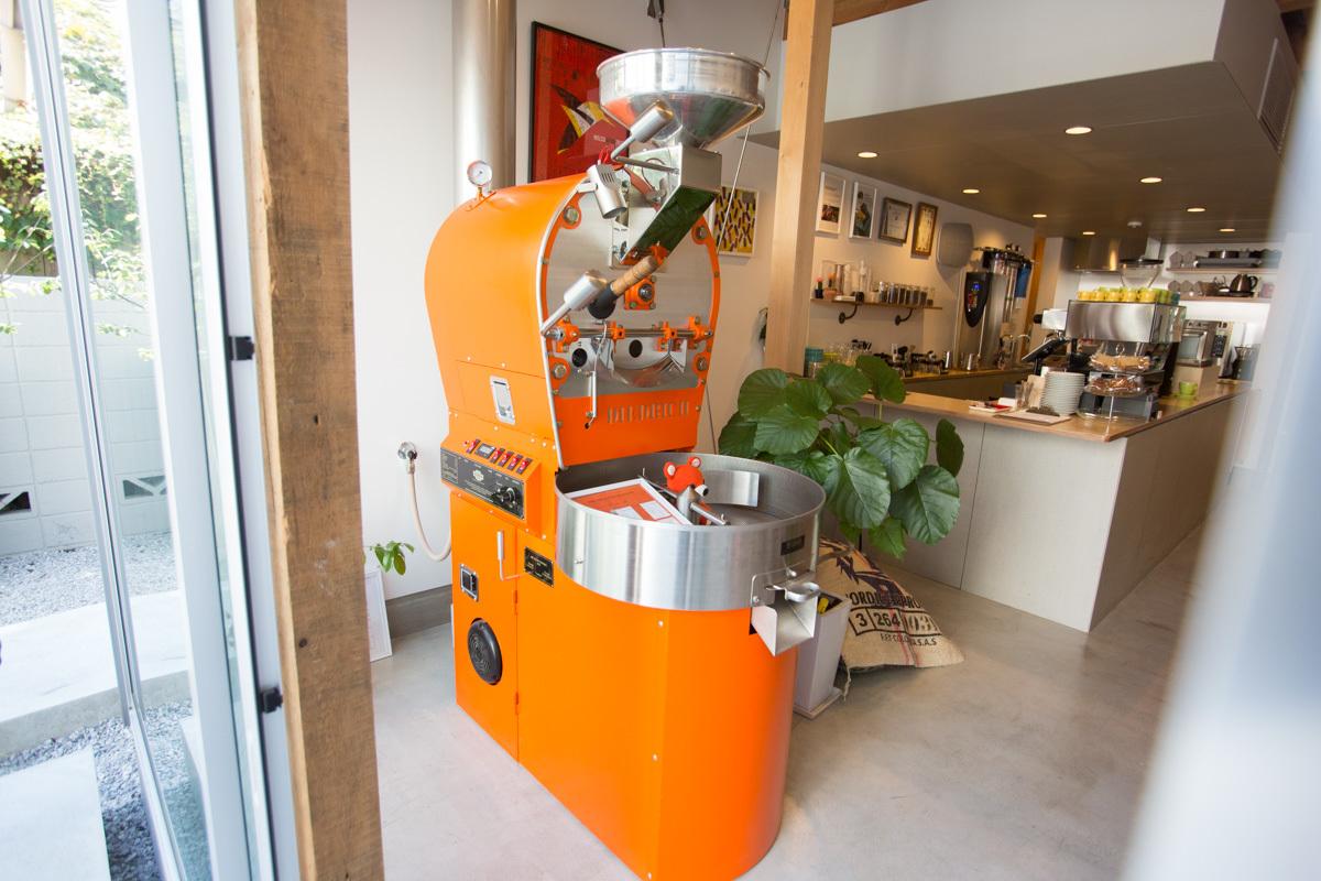 FINETIME COFFEE ROASTERSの焙煎機