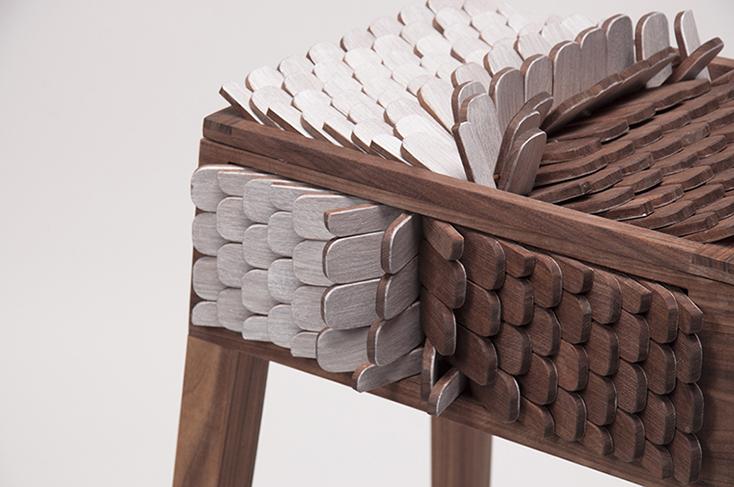 オランダ在住の韓国人デザイナー・JUNO JEONさんが、そんな空想をもとにデザインした「Alive furniture Series」のチェストがまるでドラゴンみたいだ。「八百の神」という概念が存在するように、モノを「命あるもの」として捉える文化を持つ日本では、どのように受け止められるのだろうか。2