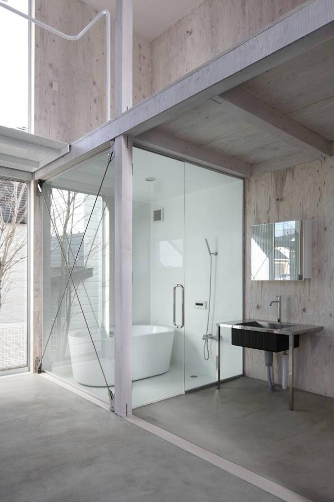 山﨑健太郎デザインワークショップによる「未完の住まい」はバラック小屋のような自由な家