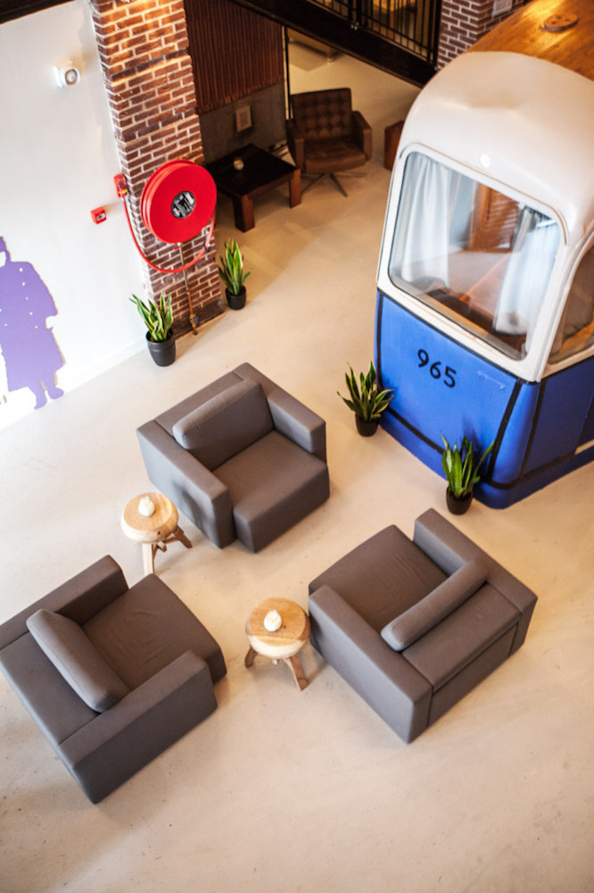色々な個性的な仕掛けがたくさんある、オランダのホテルらしくないホテル「Hotel not Hotel」を紹介。トラム(路面電車)の部屋、宮殿のような部屋、隠し部屋など、旅の思い出になる素敵でおしゃれな部屋が満載だ。1