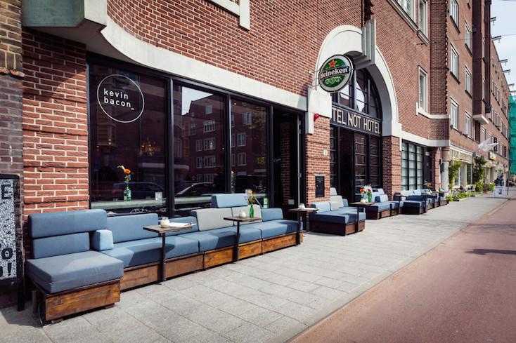色々な個性的な仕掛けがたくさんある、オランダのホテルらしくないホテル「Hotel not Hotel」を紹介。トラム(路面電車)の部屋、宮殿のような部屋、隠し部屋など、旅の思い出になる素敵でおしゃれな部屋が満載だ。14