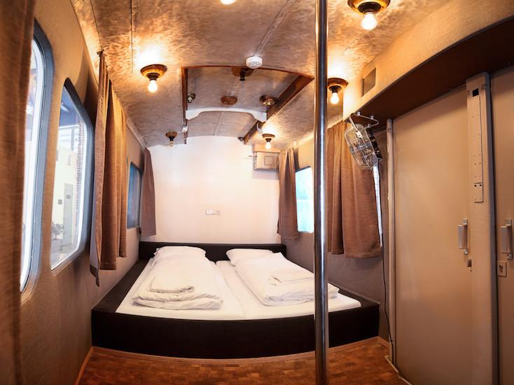 色々な個性的な仕掛けがたくさんある、オランダのホテルらしくないホテル「Hotel not Hotel」を紹介。トラム(路面電車)の部屋、宮殿のような部屋、隠し部屋など、旅の思い出になる素敵でおしゃれな部屋が満載だ。6