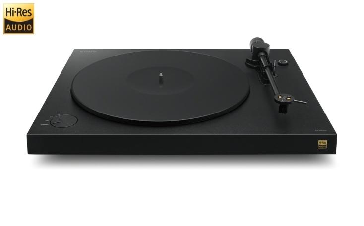 ソニーのアナログプレイヤーをご紹介。美しいハイレゾ音質はもちろんのこと、good design賞を受賞したそのデザインはインテリアとしても映えます。1