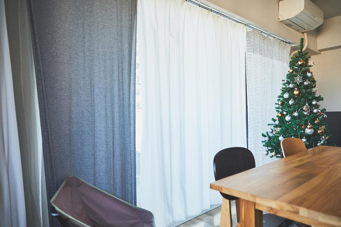 カーテンを簡易的に安く済ませる方法IKEAのカーテンフック クリップ付きクリップ