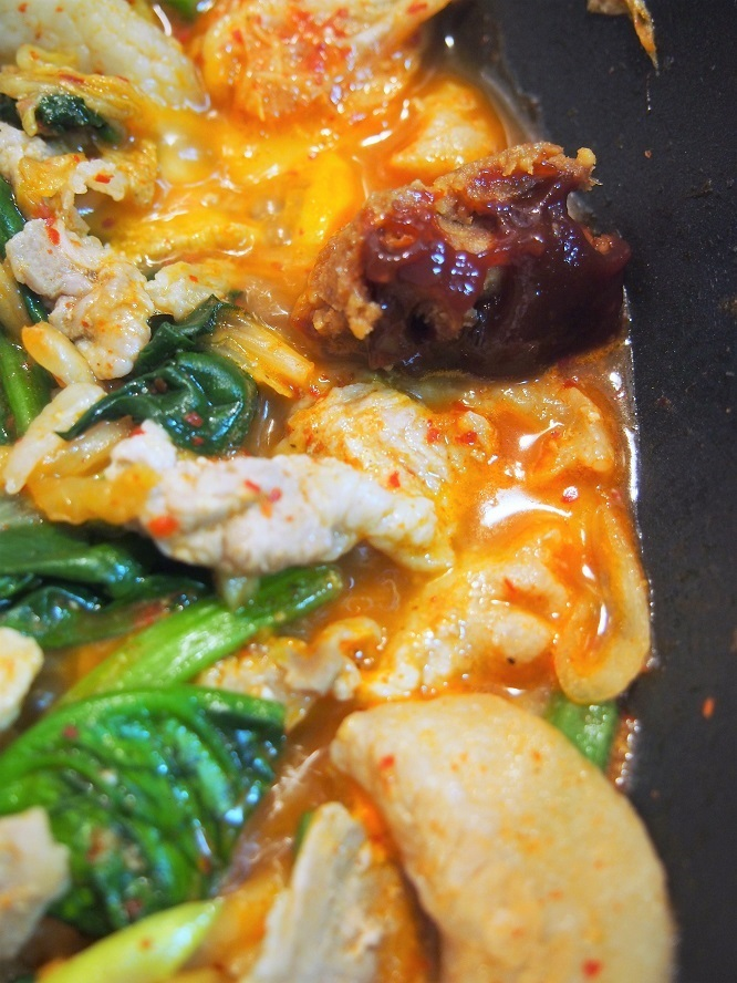 彼氏に作りたいおいしい豚キムチ丼のレシピ