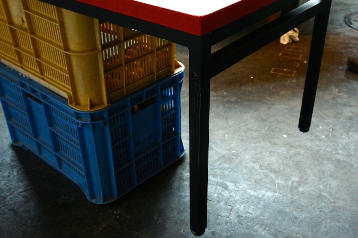 テーブルの簡単DIY