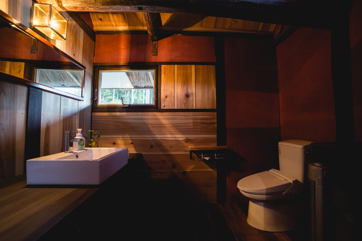 福島県伊達市の霊山町にある食事処「暮らし茶屋 風知草」を取材。江戸末期に建てられたという物件を、ほぼ自力でリノベーションした当時のことや、そのキッカケについて、たっぷりお話を伺いました。-8