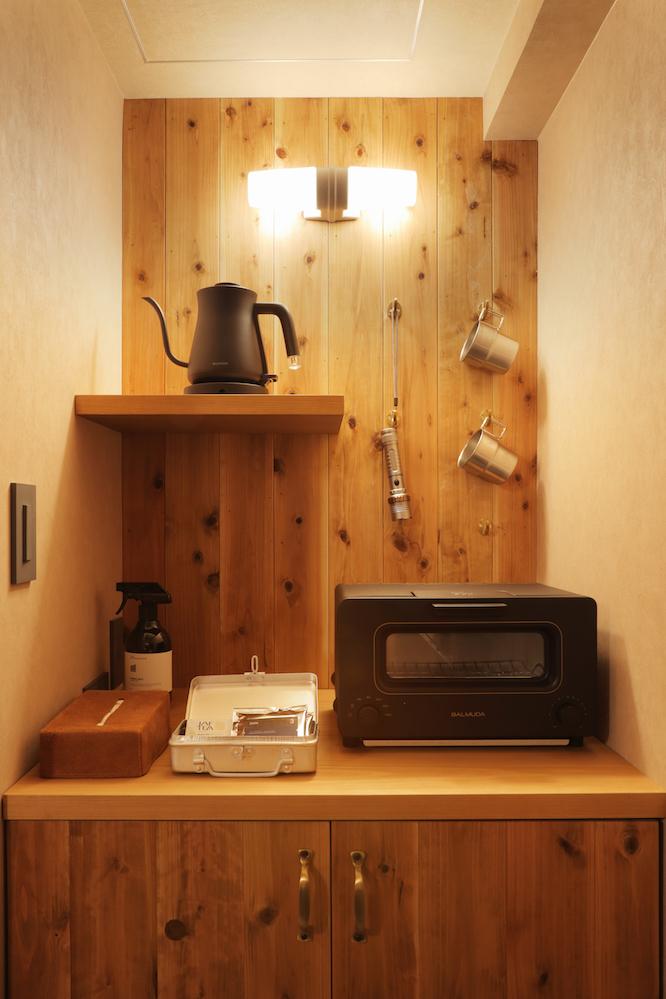 Hotel Unwinedの室内設備にはバルミューダのトースターがある