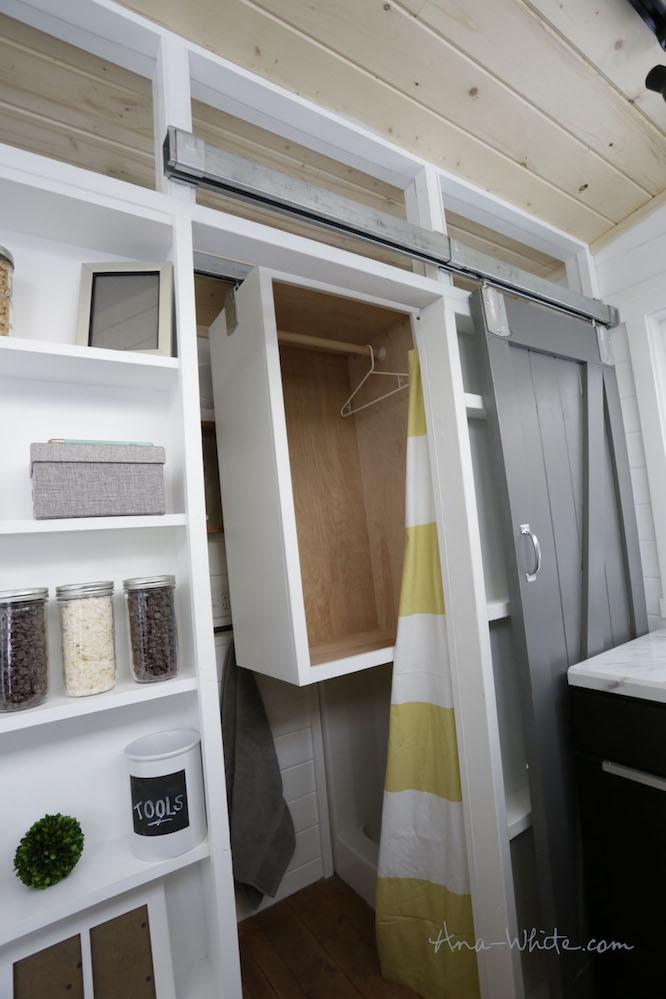 小さなバスルームのDIYアイデア