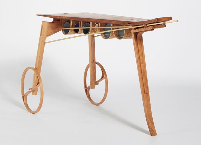 日本の木工技術や竹細工が使われている部分もある