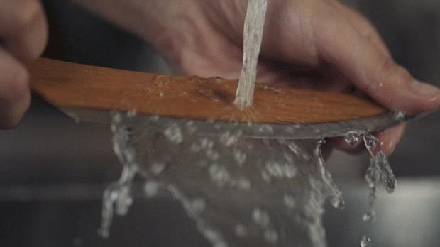 水洗いだけでOKな包丁skid