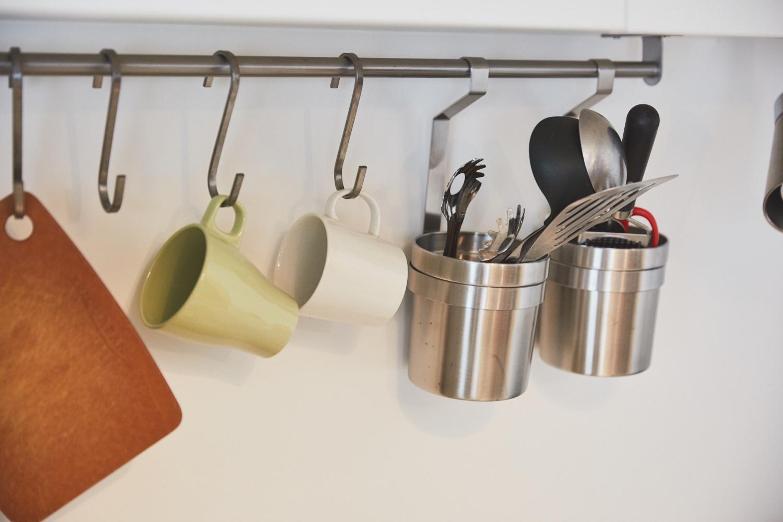 調理道具をかけるラック