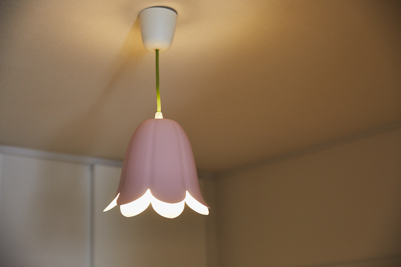 IKEAのチューリップ型照明