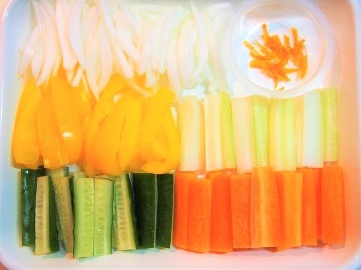 オレンジ風味のピクルスの材料