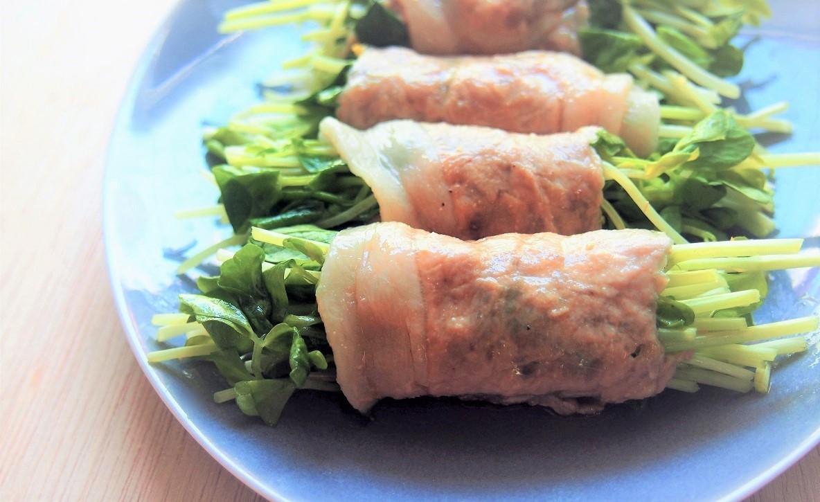 電子レンジで簡単に。あっさり食べられる「豆苗の豚肉巻き」のレシピ