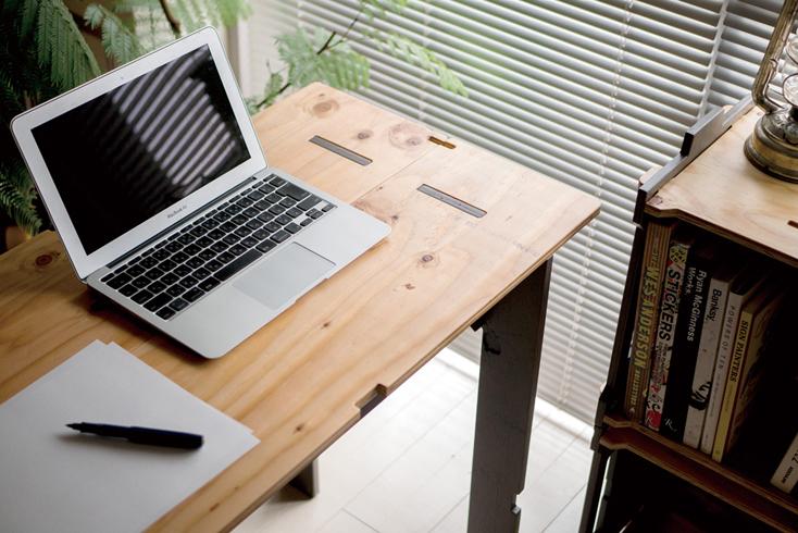 アウトドアで使えるYOKAのWORK TABLE