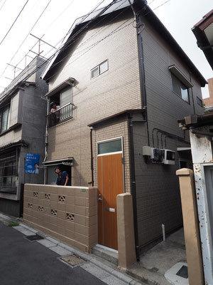 書生が入居することになるのは、本郷の木造アパート。昭和な雰囲気がたまらない。