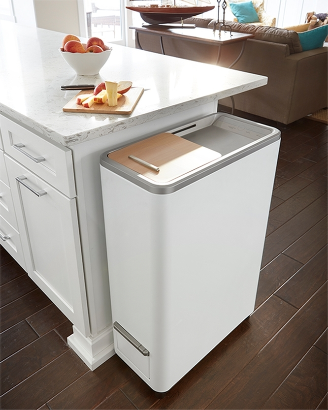 白をベースとした、清潔感のあるシンプルなデザイン