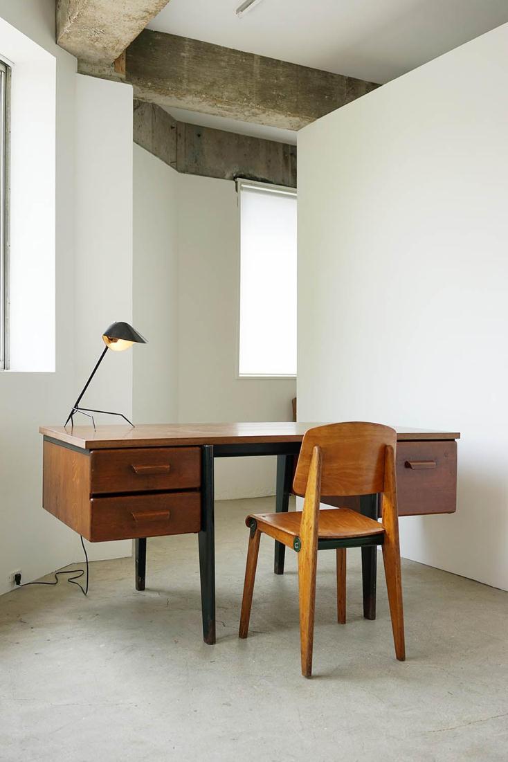 ジャン・プルーヴェ《Standard Desk》