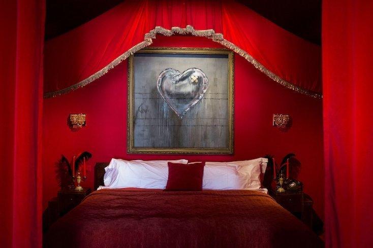部屋はドミトリーに、ゲストルーム8部屋、そしてスイートルームから構成されている