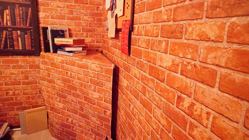 レンガの壁紙をDIY