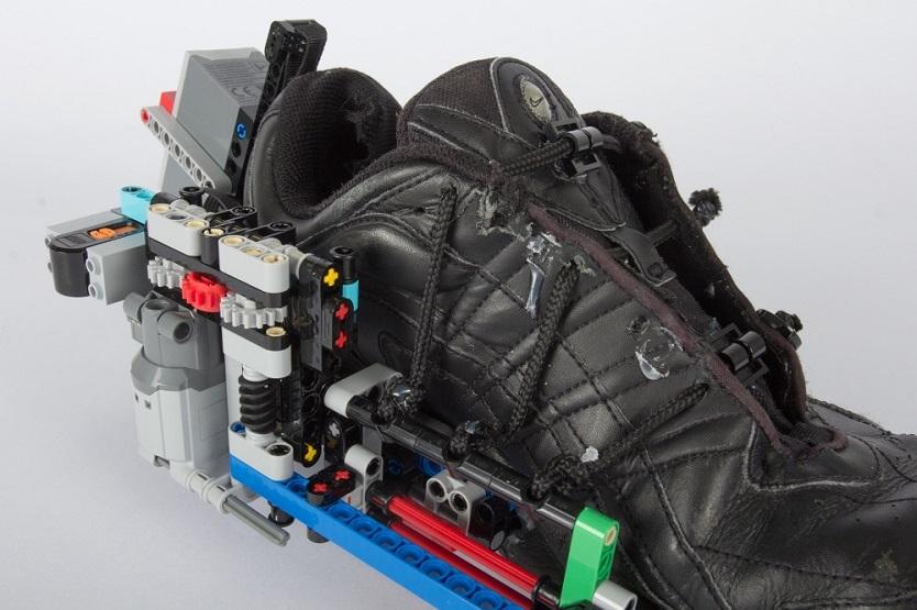 LEGOを他のものと組み合わせてみるちょっとした実験だった