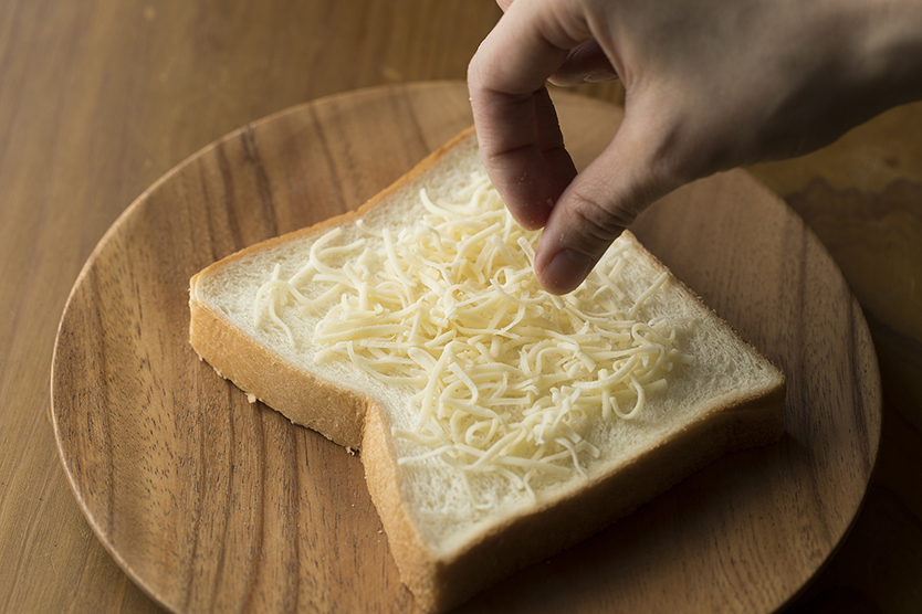 さば味噌チーズトーストのレシピ
