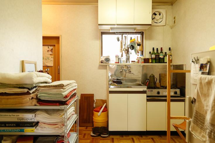 立川市のレトロなキッチン