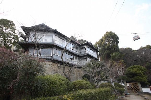 有形登録文化財を改修したゲストハウス