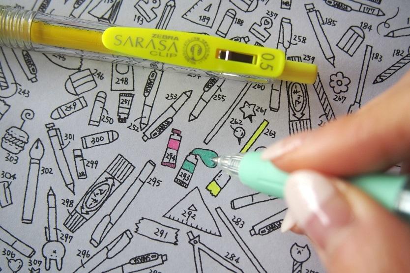 細かなパーツの塗り絵にはカラーボールペンが最適
