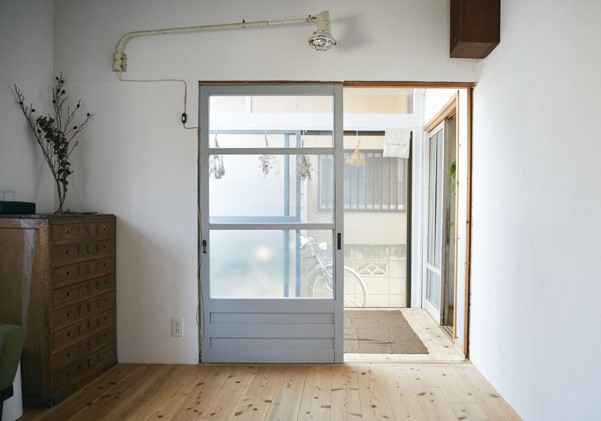 無垢材の床が素敵な部屋