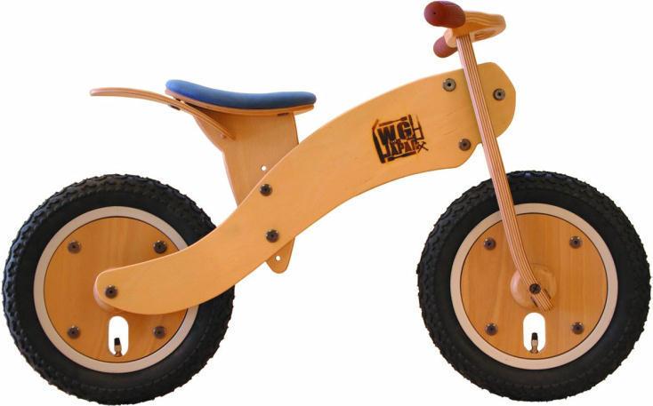 秋田県「ワークス・ギルド・ジャパン」の、伝統工芸である曲げ木の技術を生かしたた木の自転車「ベントウッドサイクル Type-0