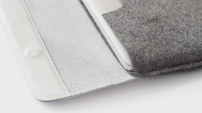 蓋部分には上質なフルグレインレザーを使用し高級感あるデザインとなっている