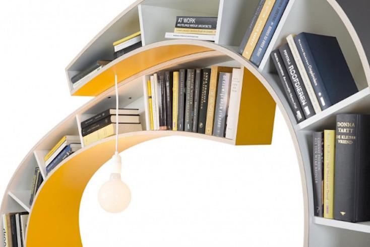 本の虫にとっては夢のような家具である「Bookworm」