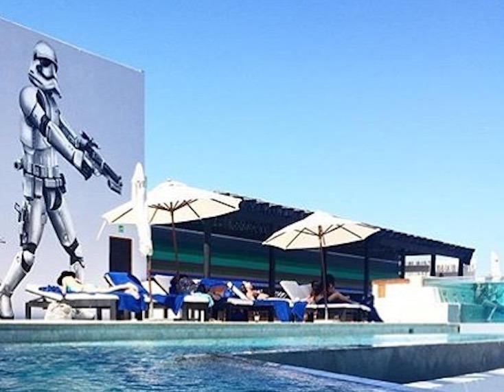 季節やイベントに合わせて、アートが変わるのも「El Ganzo」の特徴