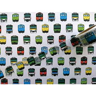 ポップアップショップではデザイン・機能性にこだわった「TRANIART」のオリジナル商品をはじめ、約60種の鉄道グッズが販売