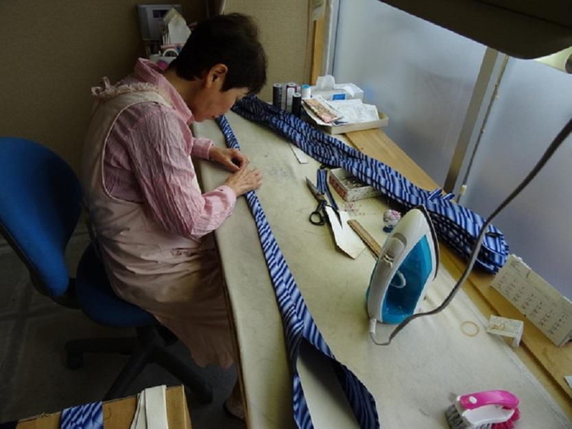 「パールトーン・ハイグレード加工」とは高級な着物を守る加工