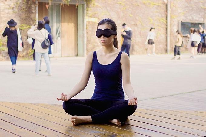 瞑想に最適なアイマスク