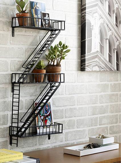 非常階段型の棚