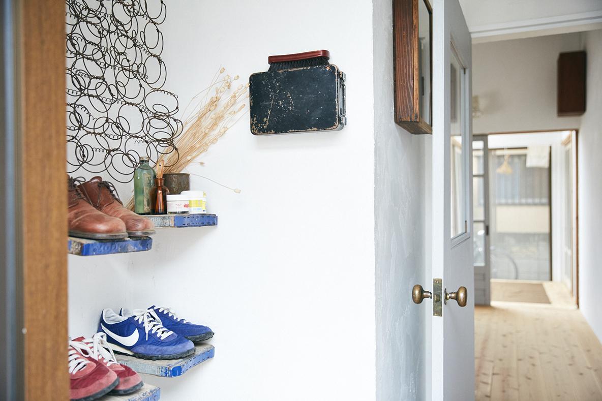 DIYで靴箱を作ったおしゃれな玄関