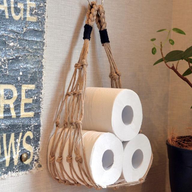 麻紐で編んだ、トイレットペーパー専用のハンモック